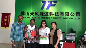 Kenya customer visited and placed the order of 5kw three phase solar system