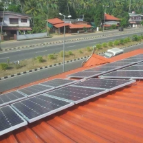 solar on grid systemwith battery and extra energy can be sent to the net